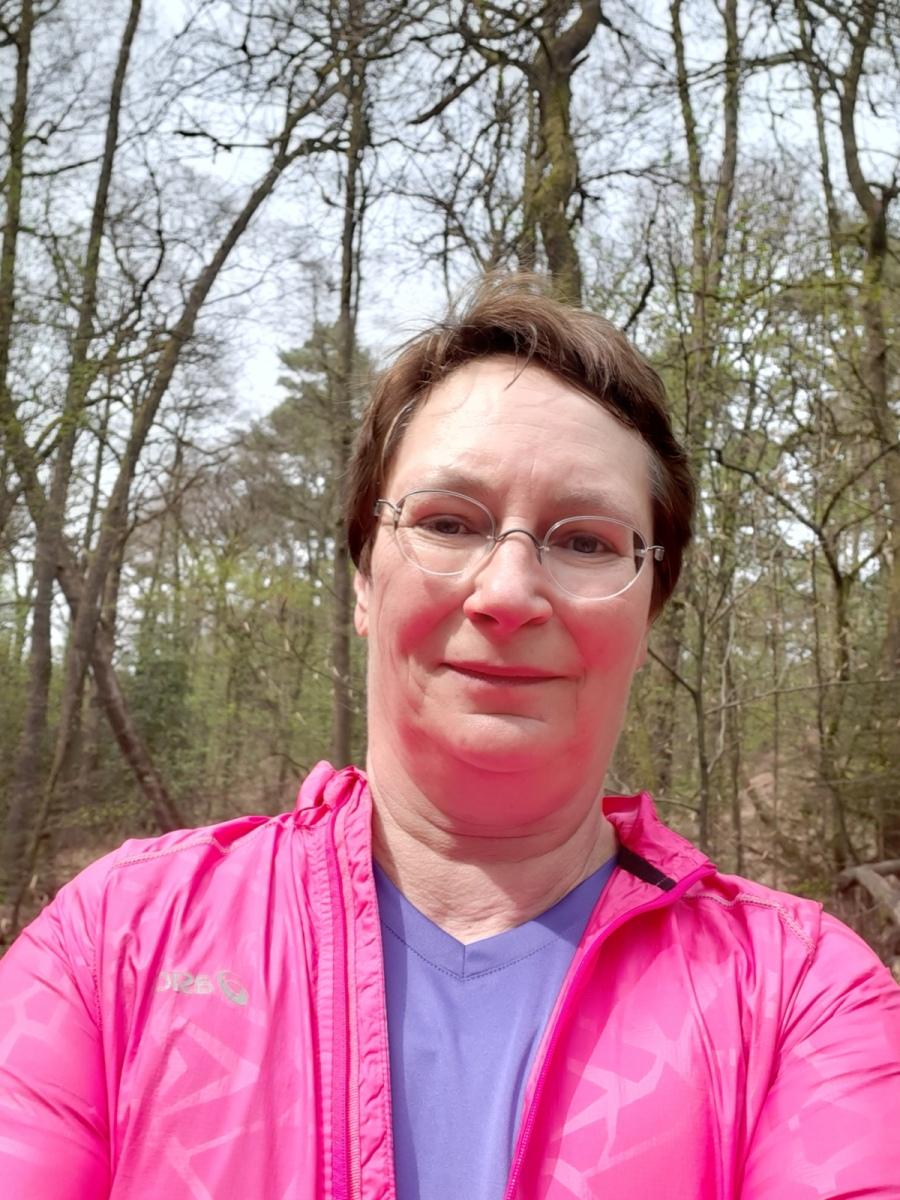 Kahler-Anja-17-Challenge-Nature-Run-UjiBm