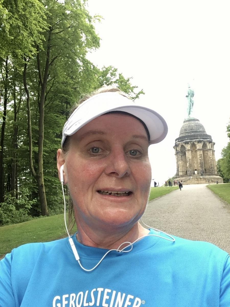 Turow-Gaszczak-Michaela-20-Challenge-Hoehenmeterlauf-OaF5J