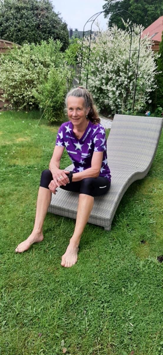 Pfizenmaier-Barbara-22-Challenge-Barfusslauf-Iknt1