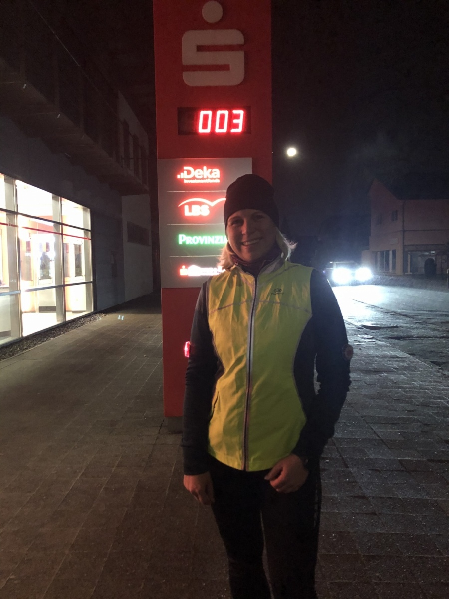 Seja-Nicole-3-Challenge-Mitternachts-Lauf-X3aw5
