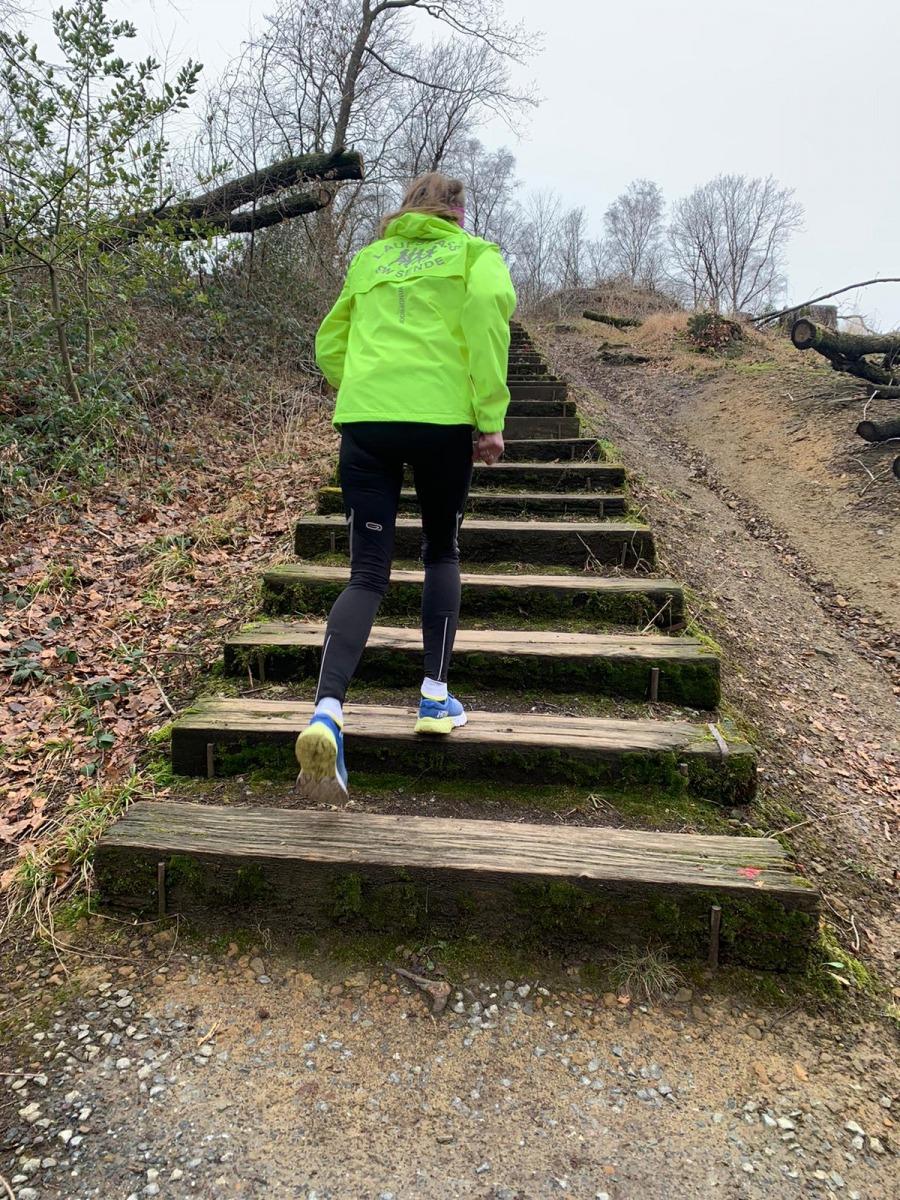 Pfizenmaier-Barbara-6-Challenge-Treppenlauf-UH3pQ