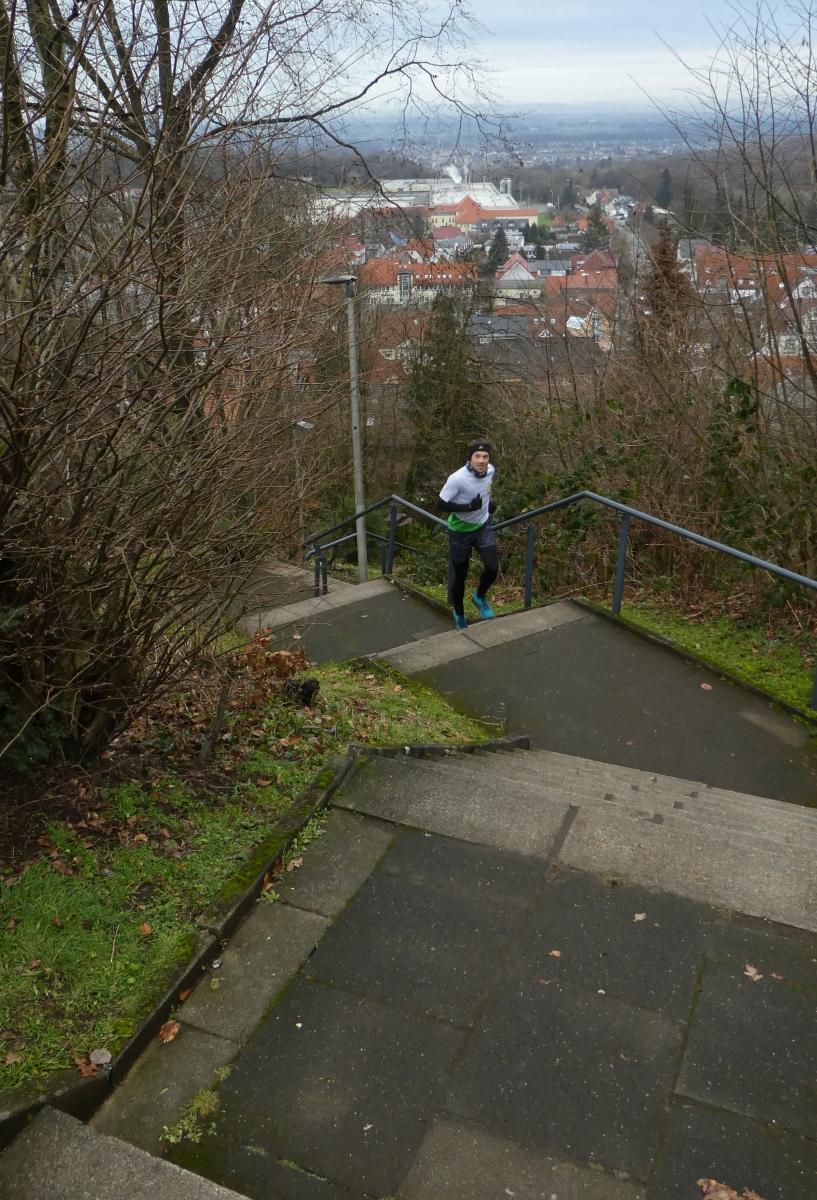 Zipter-Jan-Alrik-6-Challenge-Treppenlauf-vNgG6