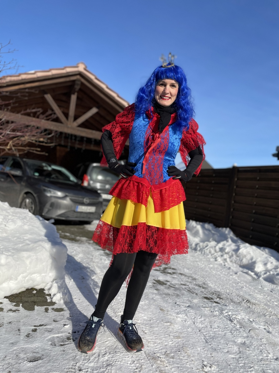 Dymny-Jasmin-7-Challenge-Karnevalslauf-iTpnP