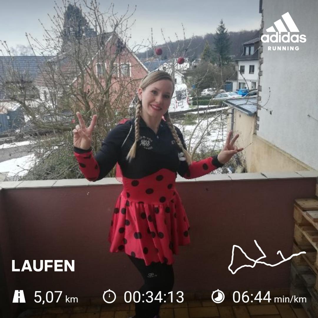Frenzel-Vanessa-7-Challenge-Karnevalslauf-yUKTQ